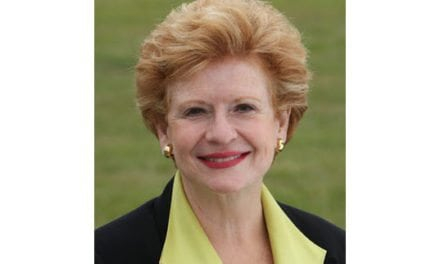 Green Truck Leadership Award Presented to U.S. Senator Debbie Stabenow at the Green Truck Summit