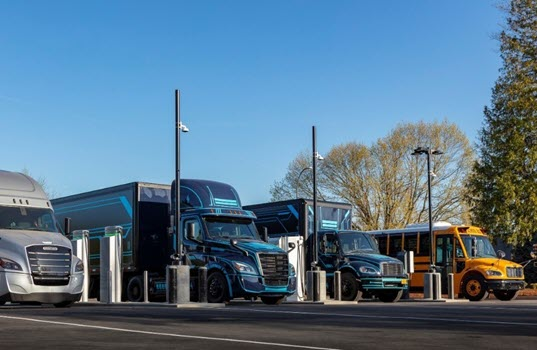 DTNA and PGE Open Heavy-Duty Truck Charging Site