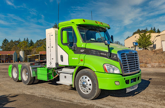 Hyliion Equipped Low-Emission CNG/Hybrid Truck